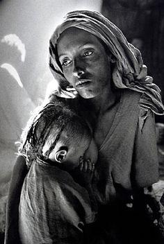 Sebastião Salgado (Brazilian, b.1944) - Children's Ward in the Korem Refugee Camp (mother and child), 1984. S)