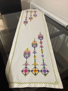 Hardanger Embroidery, Bargello, Cross Stitch Designs, Cross Stitching, Needlepoint, Embroidery Designs, Quilts, Blanket, Creative