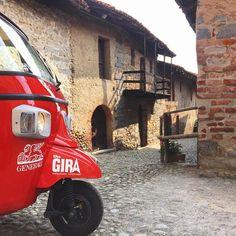 Non puoi passare a #Biella senza vedere il Ricetto di Candelo! #viviamopositivo #TheGira  @generaliitalia  @thegira.it  #ExploreBiella #ExploreCandelo #innamoratidelbiellese