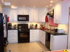 Kitchen ideas and kitchen designs by J & B Kitchen Designs. We cover Illinois from the Wisconsin to Indiana borders. We maintain 2 offices in the Chicago area and our new satellite location in the Kalamazoo area serving all of Southwest Michigan.