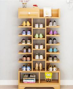 If your shoe storage area is always a mess, then a shoe storage solution suits you Nowadays, many shoe cabinets on the market are very… - diy-home-decor Shoe Storage Design, Diy Shoe Storage, Rack Design, Storage Ideas, Storage Rack, Home Decor Furniture, Pallet Furniture, Diy Home Decor, Furniture Design
