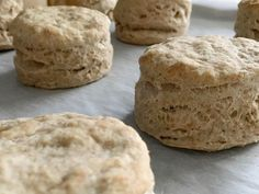Easy Spelt Buttermilk Biscuits - made with half whole spelt flour and half white spelt flour - super fluffy and delicious! Spelt Recipes, Buckwheat Recipes, Wheat Free Recipes, Flour Recipes, Gf Recipes, Bread Recipes, Spelt Biscuits, Almond Flour Biscuits, Drop Biscuits