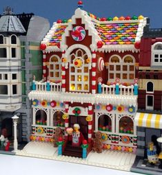 LEGO Gingerbread House by Parks and Wrecked Creations