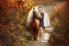 by Galina Zheleznyakova on Horse Girl Photography, Equine Photography, Children Photography, Baby Horses, Cute Horses, Beautiful Horses, Animals For Kids, Cute Animals, Miniature Ponies