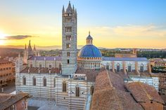 SIENA AT DUSK & CHIANTI DINNER (departure from Florence): half day tour of #Siena and dinner in the #Chianti region. View details: http://www.sunnytuscanytours.com/gestione/view.php3?DB1_lingua=ENG&DB1_codice=1503&pagout=scheda_ENG.html&DB2_tag=Daily%20Tours