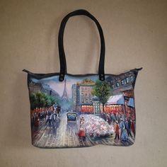 """Женская сумка №150 из мягкой натуральной кожи. Авторская ручная работа, на молнии, роспись (рисунок) """"Старый город"""" по коже."""