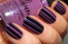Diseños de uñas con cinta, Diseños de uñas con cinta vertical. Clic Follow,  #diseñouñas #nailsdesign #uñassencillas