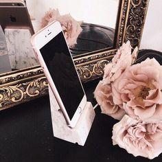 You gotta love mocha rose! – Mara Zota