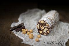 Salame di cioccolato al rum senza uova , una merenda per adulti