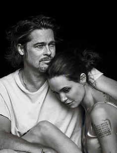Actors and spouses Angelina Jolie and Brad Pitt pose in an intimately endearing photo shoot for the November 2015 issue of Vanity Fair Italia. captured by iconic photographer Peter Lindbergh. Brad And Angie, Brad Pitt And Angelina Jolie, Jolie Pitt, Angelina Jolie Photoshoot, Peter Lindbergh, Vanity Fair Italia, Annie Leibovitz Photography, Annie Leibovitz Photos, Jenifer Lawrence