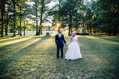 Wedding Photos at Fernwood Hills Wedding Venues Ontario, Wedding Photos, London, Marriage Pictures, Wedding Pictures