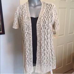 NEWColdwaterCreek cardigan sweater This beautiful cardigan sweater from Coldwater Creek is a great addition to your wardrobe. New with tags is stunning! (Black tank top not included) Non-smoking home! Pop it up with any color tank underneath Coldwater Creek Sweaters Cardigans
