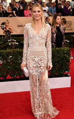 Julie Bowen from 2017 SAG Awards: Red Carpet Arrivals... not much left to imagine...