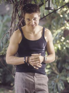 Jeremy Renner.  Could never stand what he's wearing here; I don't know why.  Better if he took it off.  ;-)