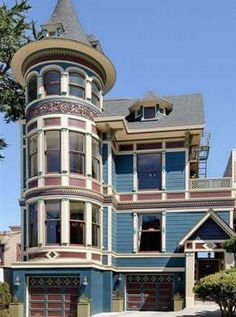 Blue Victorian House California #victorianarchitecture