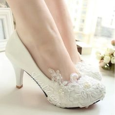 Elagant Lace Flower High Heel Bridal Shoes ❤ liked on Polyvore featuring shoes, high heel wedding shoes, flower shoes, flower wedding shoes, high heeled footwear and lace bridal shoes