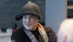 Video: Interview with Ron Arad – Azure Magazine