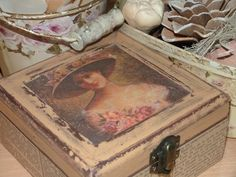Blog sobre restauración de muebles y trabajos de estilo vintage. Tutoriales, trucos e ideas. Ideas Para, Decorative Boxes, Painting, Dozen, Home Decor, Blog, Craft, Boxes, Antique Kitchen Cabinets