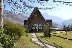 Chapel in Drakensberg, South Africa Chapel Wedding, Wedding Bells, Wedding Venues, Wedding Stuff, Wedding Ideas, My Land, Cathedrals, Big Day, South Africa