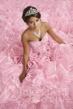 Quinceanera Party, Quinceanera Dresses, Quinceanera Decorations, Quinceanera Hairstyles, Prom Hairstyles, Quinceanera Collection, Quinceanera Photography, Quince Dresses, Strapless Gown