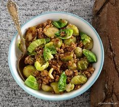 sojaturobie: Roasted buckwheat with Brussels sprouts Lunch Recipes, Vegetarian Recipes, Cooking Recipes, Healthy Recipes, Vegan Lunches, Vegan Dinners, Food Photo, Good Food, Food And Drink