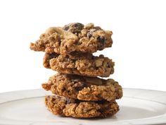 N.Y.C. restaurant Emily shares its recipe for chocolate-chip walnut cookies made with steel-cut oats and flaxseed: http://greatideas.people.com/2014/05/15/chocolate-chip-cookie-recipes/