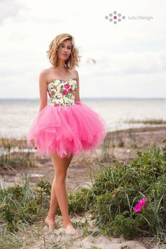 6908d47127 Suknia z tiulem i gorsetem w kwiaty  dress  luludesign  unique  hel   morzebałtyckie  minidress  pink  tiul  corset  tulle  madeinpoland   góralska  ludowa ...