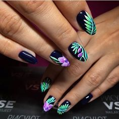 Beautiful nail colors, Drawings on nails, Fall nail ideas, flower nail art, Fresh nails, Nails ideas with flowers, Painted nail designs, Spectacular nails