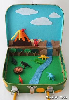 5 manualidades para niños ¡de dinosaurios! Divertidas manualidades para niños de dinosaurios. Manualidades para niños para jugar con los dinosaurios, juegos divertidos y manualidades creativas.