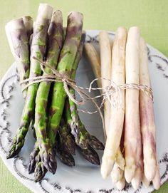 Kokeile uunikypsentää, keittää, höyryttää sekä grillata ja valitse suosikkitapasi valmistaa parsa! Tärkeintä parsan kypsentämisessä on, ettei sitä kypsennä liikaa. Asparagus, Food And Drink, Vegetables, Recipes, Parsa, Koti, Studs, Veggies, Vegetable Recipes