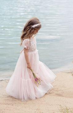 K7004 Kids Frocks Design, Flower Girl Dresses, Princess Dresses, Frock Design, Little Princess, Baby Dress, Dress Skirt, Marie, Girl Fashion
