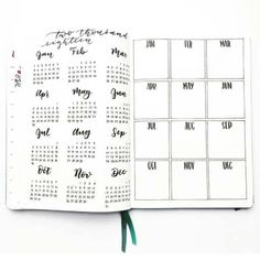 A selection of Bullet Journal Inspiration spreads & trackers. Everything from weight loss trackers to Winter Wishlists! Get your life organized with these Bullet Journal Ideas. Bullet Journal Tracker, January Bullet Journal, Bullet Journal Monthly Spread, Bullet Journal Cover Page, Bullet Journal Junkies, Bullet Journal Themes, Bullet Journal Inspiration, Book Journal, Bullet Journal Year At A Glance