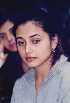 Beautiful Bollywood Actress, Most Beautiful Indian Actress, Rani Mukerji, Actress Aishwarya Rai, Bald Women, Vintage Bollywood, Cute Girl Photo, Light Brown Hair, Beauty Full Girl