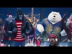 Merry Christmas from Sing (Universal Pictures) HD Disney Pixar, Funny Disney, Disney Memes, Sing Movie Characters, Sing 2016, Female Gorilla, Gorilla Costumes, Nursery Songs, Dreamworks Movies