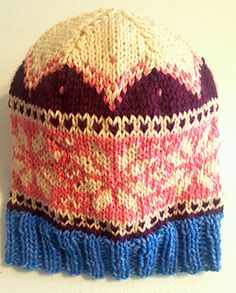 Snowflake Fair Isle Hat Pattern NOTE:can be knit in days! Snowflakes, Knitted Hats, Knit Crochet, My Design, Knitting Ideas, How To Make, Note, Holidays, Patterns