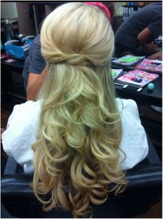 wedding hair half up do with a pouf and twisted knot and down in curls http://www.itgirlweddings.com/blog/wedding-hairstyle-the-half-up-do-tutorial