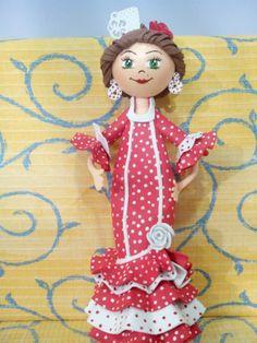 Fofucha flamenca roja y blanca
