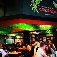 Academia da Cachaça in Rio de Janeiro, RJ. Tip Corine/ wallpaper. Bar / restaurant.