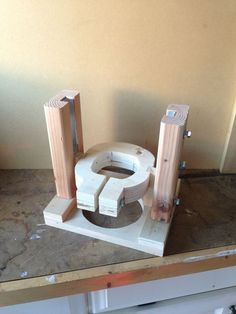 Wood working. Router lift. With improved modifications. Aluminum chanel glides easy!: