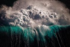 ray collins wave photos 4 Ray Collins Captures Waves Like Youve Never Seen Them Before (24 Photos)