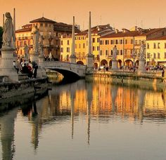 """A Trip To Breathtaking Veneto: The Food, the Wine, The Food, Rolling Hills, Garda Lake, Po river, Dolomites mountains, Palladio's Villas, Medieval Villages, Venice, Padova, Verona and more...The land of the """"dolce vita"""". Who is planning a trip to one of the most spectacular regions in the world? #visitveneto #veneto #travelinitaly #italy #travel #ttot"""