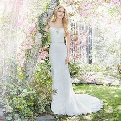 Enchanted by the timeless designs by @alvinavalenta. For a bride looking for that fairytale wedding!