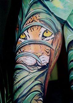 Wild in the jungle tiger leg bodypaint award winner