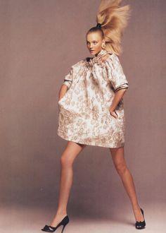 Timeless | Caroline Trentini by David Sims for Vogue US November 2006 [Editorial]