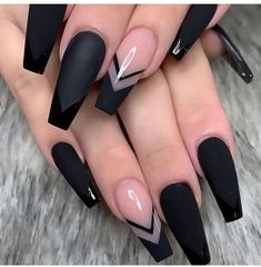 The Most Beautiful Black Winter Nails Ideas - Here are some cute winter nail designs between black and silver glitter nails, black and gold glitter nails, and black marble nails designs. Black Coffin Nails, Acrylic Nails Coffin Short, Square Acrylic Nails, Summer Acrylic Nails, Summer Nails, Pink Coffin, Cute Black Nails, Black Marble Nails, Black Ombre Nails