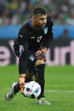 Salvatore Sirigu of Italy in action during the UEFA EURO 2016 Group E match between Italy and Republic of Ireland at Stade Pierre-Mauroy on June 22, 2016 in Lille, France.