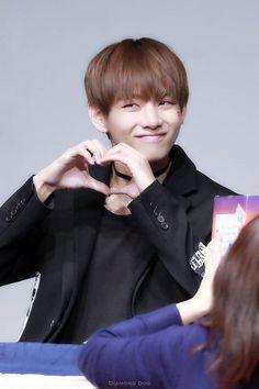Love - V BTS