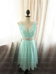 The Tiffany blue dress are fully lined, 4 bones in the bodice, chest pad in the bust, lace up back or zipper back are all available, total 126 colors are available. This dress could be custom made, there are no extra cost to do custom size and color.  Description of Tiffany blue dress 1, Mate...