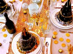 New Years Eve Table Setting Ideas! Noble Pig