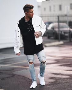 "26.9 k mentions J'aime, 170 commentaires - JOHNNY • EDLIND (@johnnyedlind) sur Instagram : ""Strolling Melrose in a casual full @danielpatrick_ outfit"""